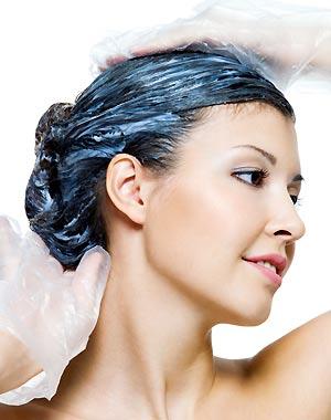 lavandose-cabello-con-shampoo-con-tinte