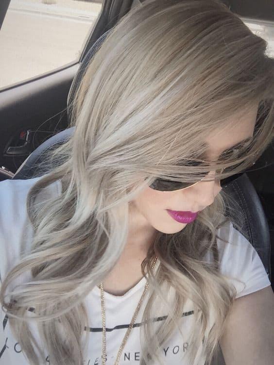 Tinte superaclarante sobre cabello teñido